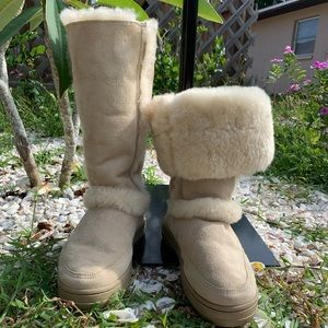 RARE UGG Australia Suede Leather Sheepskin Boots